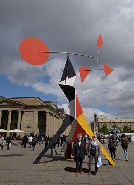 Ursula und Heike vor dem Kunstmuseum (April 2016) | Foto: Heike Sichting