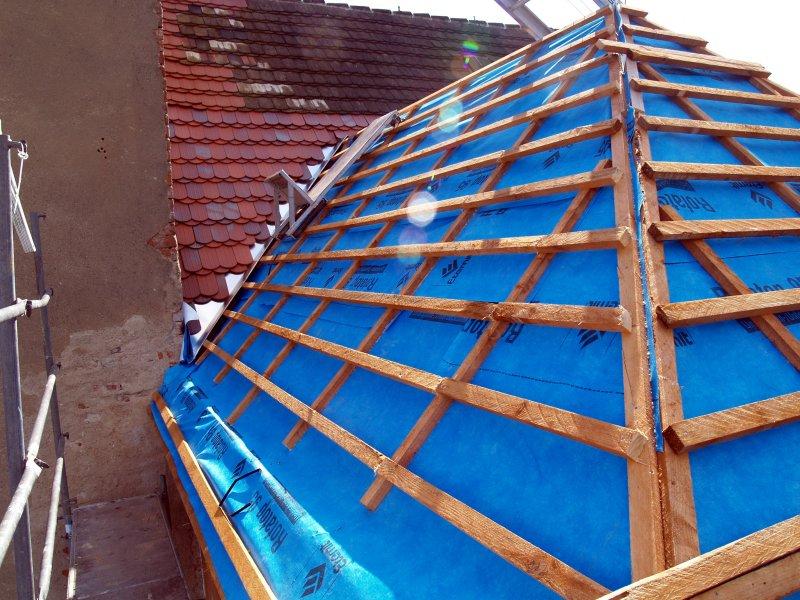 Vorbereitung zum Dachdecken Foto S.Adaschkiewitz  jpg