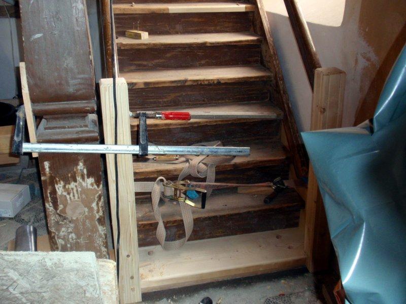 Restaurationsarbeiten an der Treppe zur Empore Foto S.Adaschkiewitz. jpg