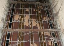 Zustand der Fenster (2005)   Foto: Thomas Weinbrecht