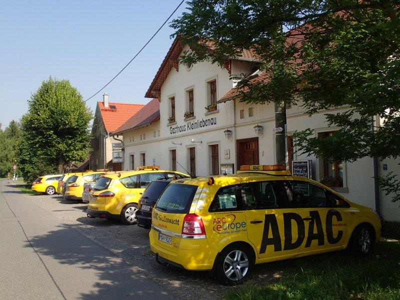 ADAC beim Mittagessen (2013) | Foto: Heike Sichting