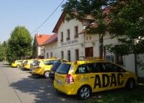 ADAC beim Mittagessen (2013)   Foto: Heike Sichting