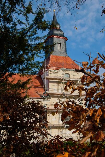 Putzarbeiten im Herbst (2009) | Foto: Holger Simmat