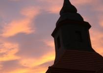 Der Kirchturm im Abendrot (2008) | Foto: Heike Sichting