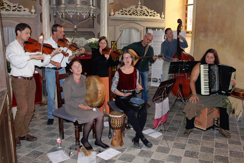 Konzert mit BUCKIJIT (August 2013) | Foto: Holger Simmat