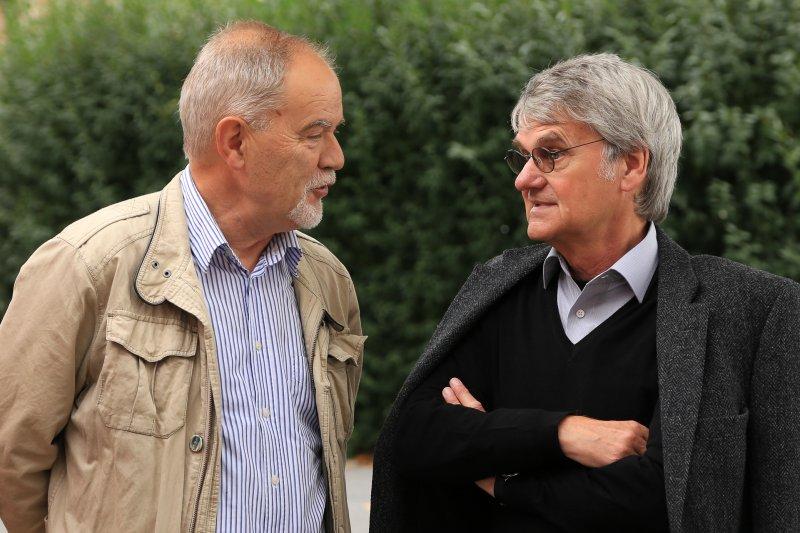 Matthias Caffier vor der Lesung mit Bernd-Lutz Lange im August 2014 | Foto: Holger Simmat