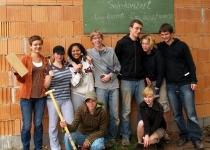 Einsatz der Abiturienten vom Evangelischen Schulzentrum (2008) | Foto Siegfried Adaschkiewitz